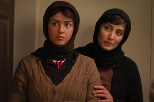 2380618 423 - هدیه تهرانی؛ متجدد، زیبا، آوانگارد و همیشه در اوج