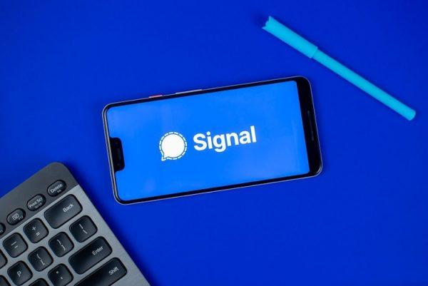 «سیگنال» کم آورد!