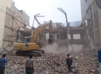 خاکبرداری ساختمان - تخریب ساختمان