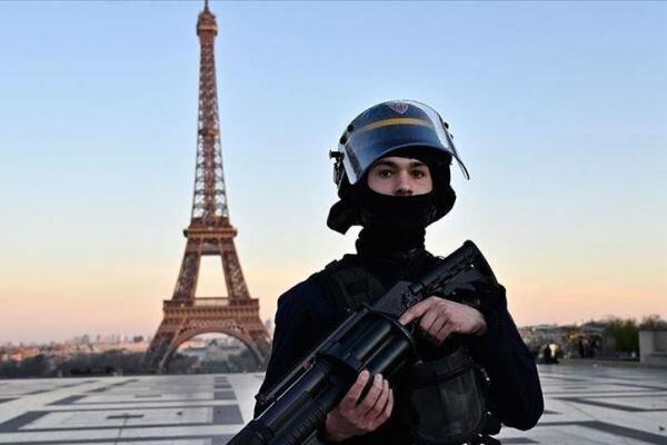 دولت فرانسه به دلیل رفتار ناشایست پلیس با رنگینپوستان جریمه شد