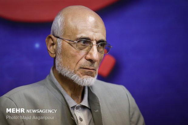«سید مصطفی میرسلیم» از هیئت نظارت بر انتخابات شوراها استعفا داد