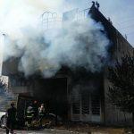 آتش سوزی شدید یک کارگاه تولیدی در شهر سردرود