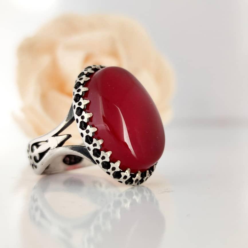 انگشتر عقیق - سنگها درمان میکنند