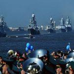 برگزاری رژه دریایی بزرگ روسیه با حضور شناورهای ایرانی