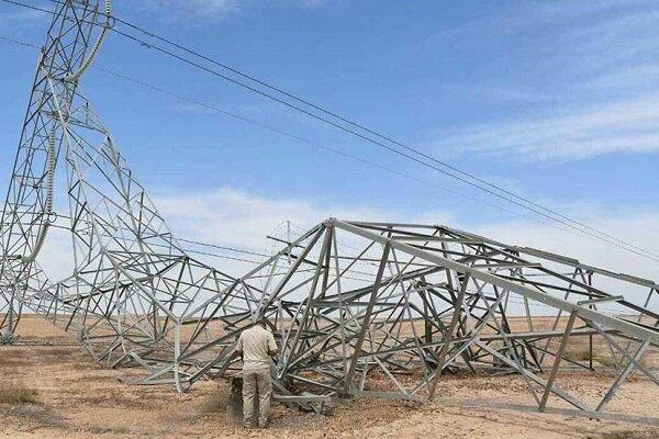 خسارت ۲۴میلیارد تومانی تندباد به شبکه توزیع برق سیستان و بلوچستان