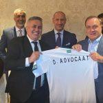 دیک ادووکات رسماً سرمربی تیم ملی فوتبال عراق شد