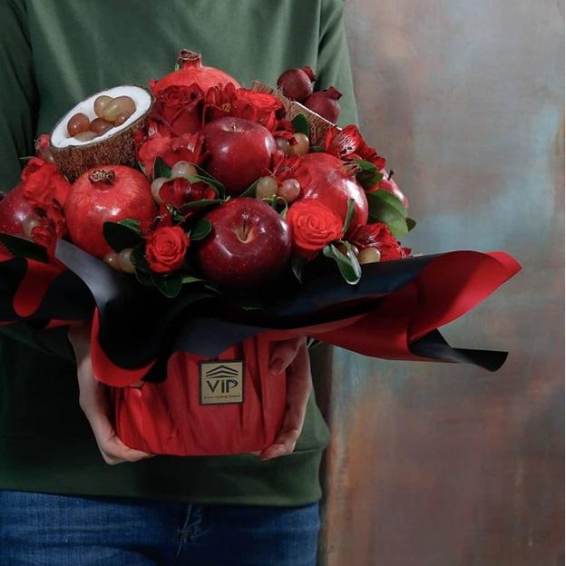 ایده هایی جذاب برای تزئین انواع خوراکی ها به شکل گل و دسته گل