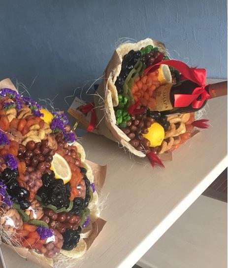 تزئین دسته گل خوراکی - ایده هایی جذاب برای تزئین انواع خوراکی ها به شکل گل و دسته گل
