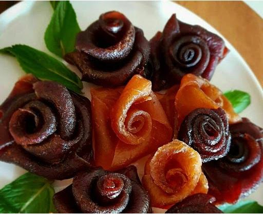 تزئیین لواشک - ایده هایی جذاب برای تزئین انواع خوراکی ها به شکل گل و دسته گل