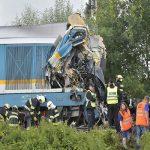 خطای انسانی عامل برخورد ۲ قطار مسافربری در جمهوری چک