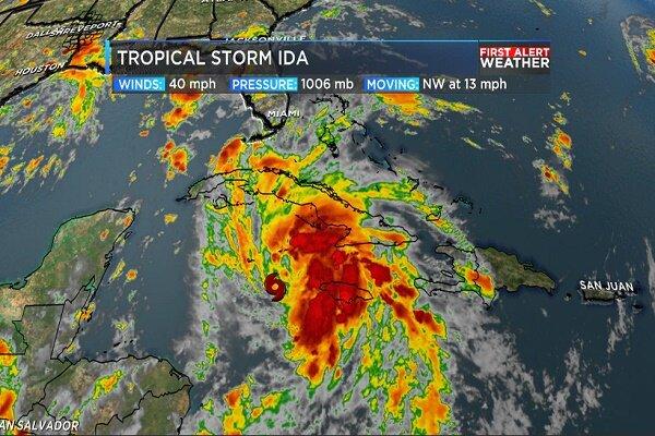 مردم نیواورلئان از منازل خود فرار کنند/ طوفان مرگبار در راه است