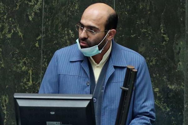 مجلسیها وکیلالدوله نیستند/ از دولت مطالبهگری میکنیم