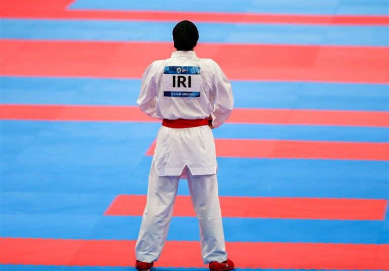حضور عجیب رهنما در انتخابی کاراته بانوان/ همه کاره تیم ملی بانوان، مرد خواهد بود؟ + تصاویر