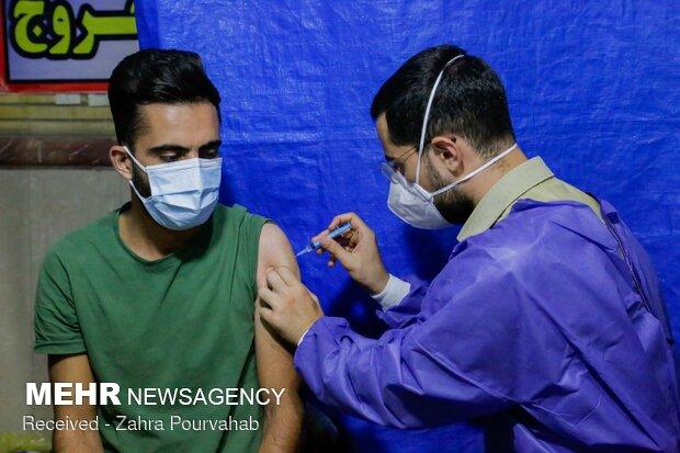تزریق نزدیک به ۱۰۰ هزار دوز واکسن در شبانه روز گذشته