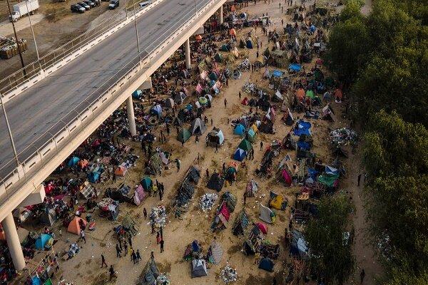 بیش از ۴ هزار پناهجو در راه مرزهای آمریکا/دردسر جدید واشنگتن