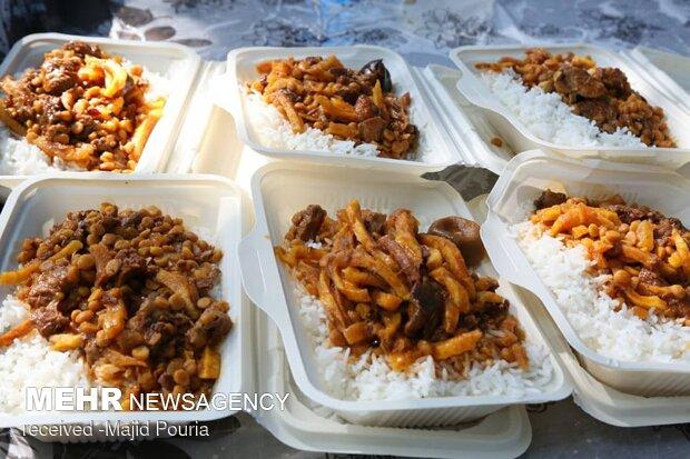 توزیع ۱۰ هزار پرس غذای گرم میان مددجویان تهرانی