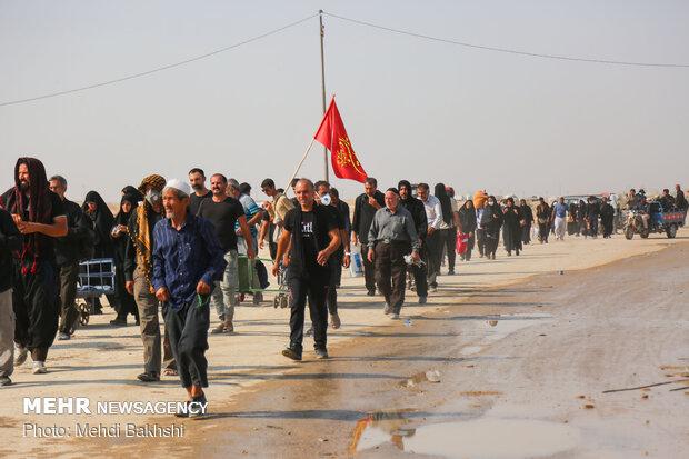 زائران حسینی میتوانند از مرز زمینی مهران به کشور بازگردند