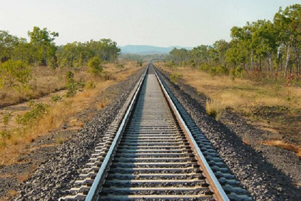 تخصیص اعتبارات مناسب به راهآهن بوشهر – شیراز در سال آینده
